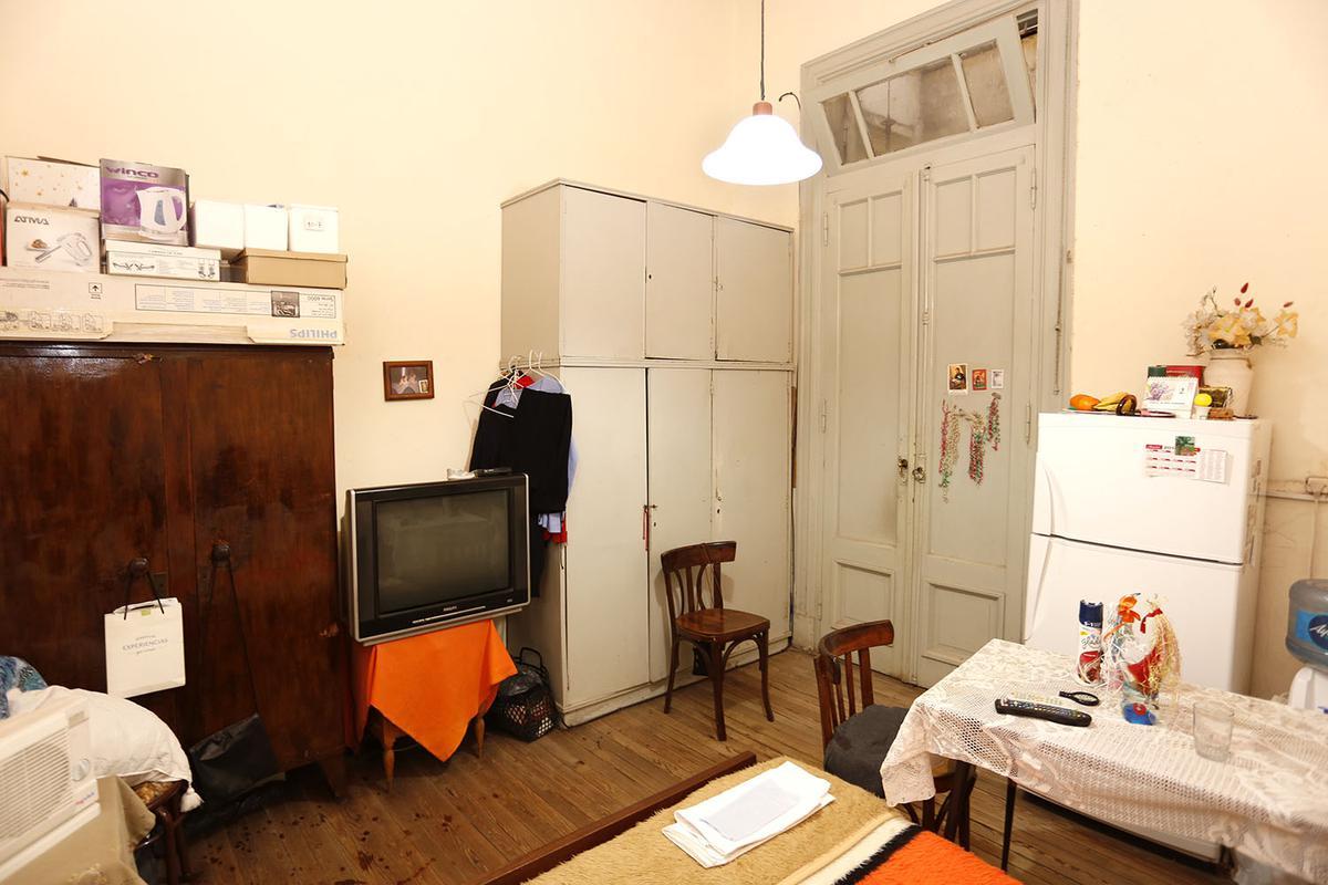 Foto Hotel en Venta en  Balvanera ,  Capital Federal  Junin al 100