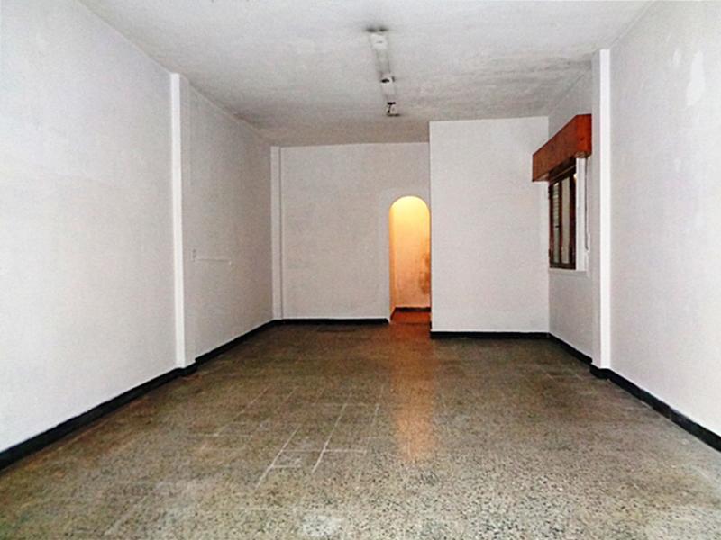 Foto Local en Venta en  Villa Adelina,  San Isidro  Rivera al 1100