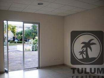 Foto Oficina en Renta en  Solidaridad ,  Quintana Roo  Oficina Bugambilias Playacar en Renta