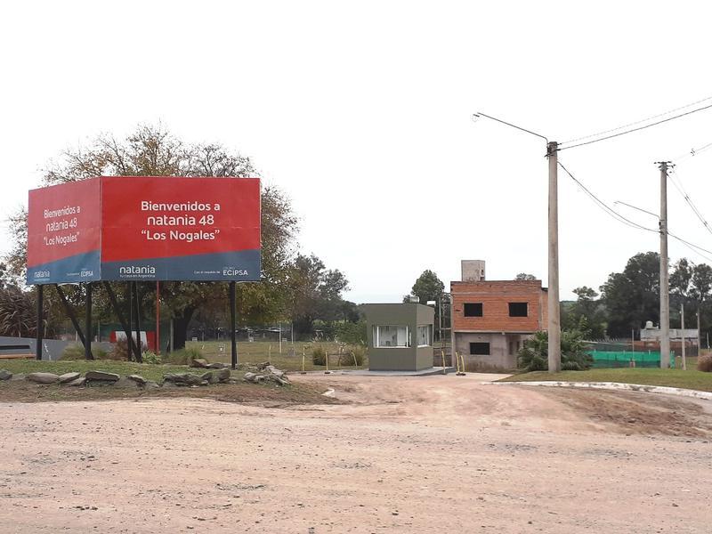 Foto Casa en Venta en  Los Nogales,  Tafi Viejo  A estrenar Barrio Privado  Los Nogales (Apto Crédito)
