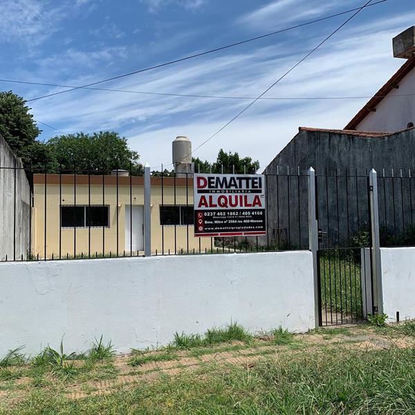 Foto Casa en Alquiler en  Moreno ,  G.B.A. Zona Oeste  Ant. Argentina al 300