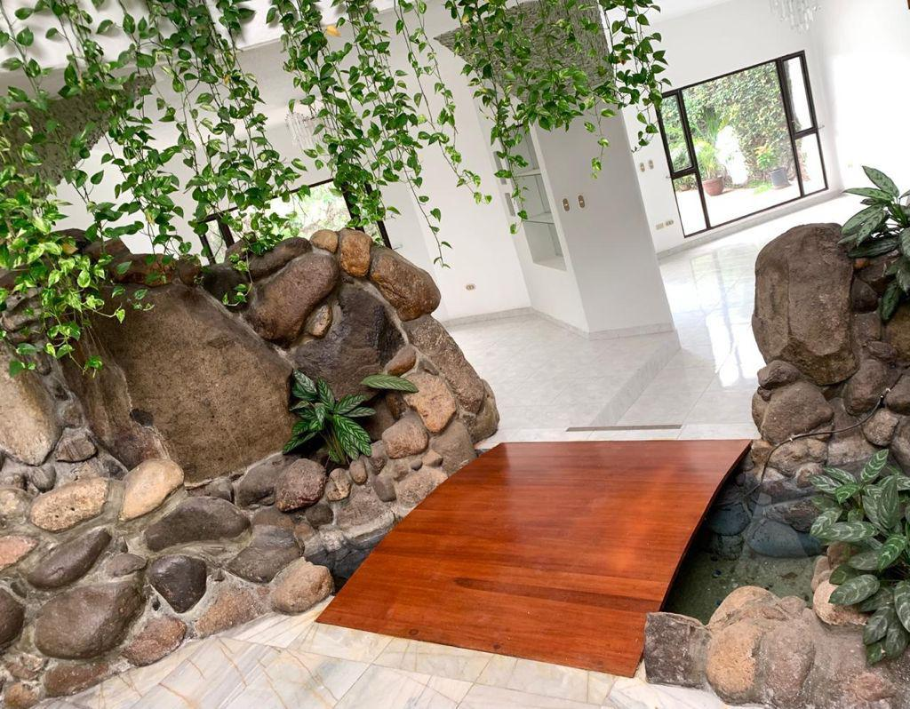 Foto Casa en Renta en  Castaños Sur,  Tegucigalpa  Vivienda de 4 habitaciones con piscina, Castaños Sur, Tegucigalpa