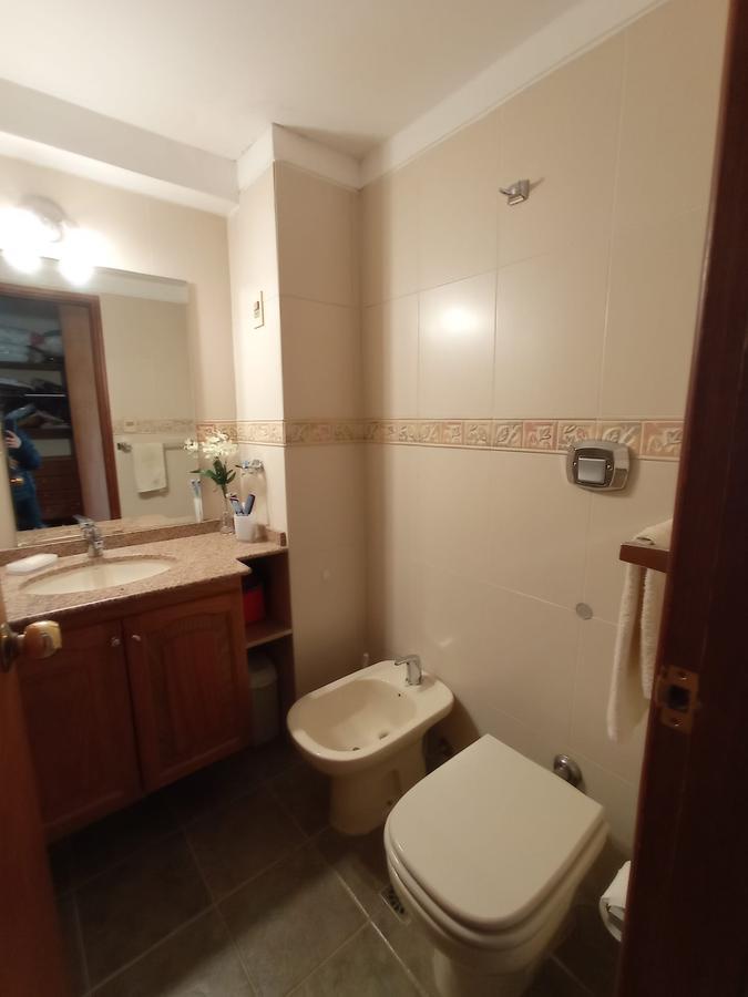 Foto Departamento en Alquiler en  Pocitos Nuevo ,  Montevideo  Proximo Puerto del Buceo y WTC, vista mar, 1 dormitorio, equipado !!