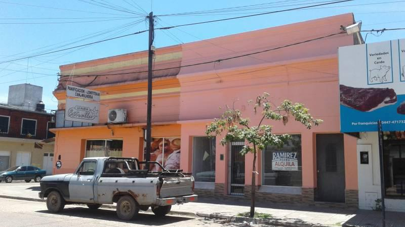 Foto Local en Alquiler en  Gualeguaychu ,  Entre Rios  Del Valle al 1100
