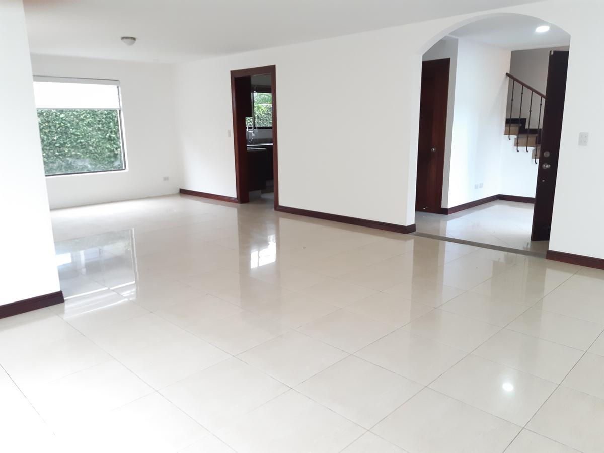 Foto Casa en condominio en Venta | Renta en  Santa Ana ,  San José  Santa Ana/ 4 habitaciones/ Separada/ Tenis/ Piscina/ Jardín