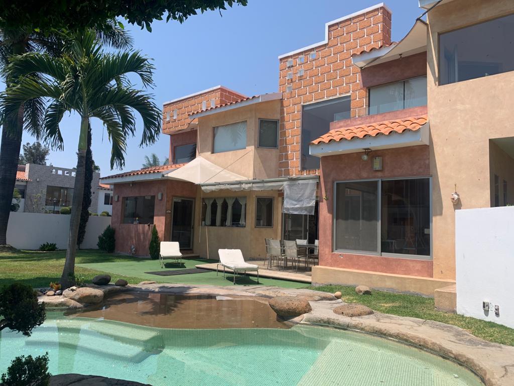 Foto Casa en Venta en  Fraccionamiento Kloster Sumiya,  Jiutepec  Casa venta en Cluster Sumiya