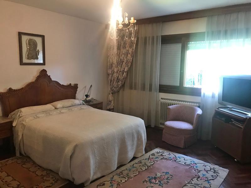 Foto Casa en Venta | Alquiler en  Carrasco ,  Montevideo  Excelente ubicacion , hermosa casa
