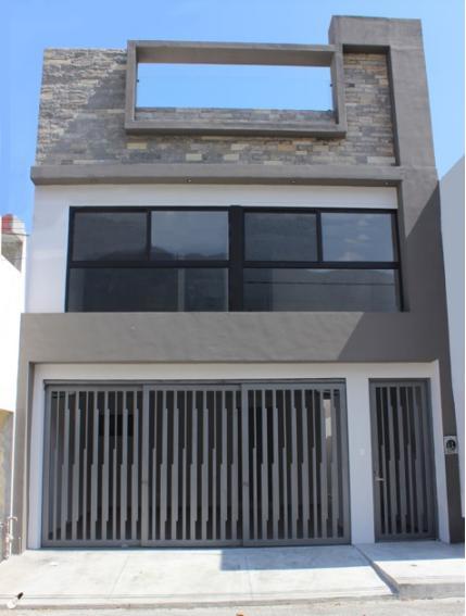 Foto Casa en Venta en  San Pedro Garza Garcia Centro,  San Pedro Garza Garcia  CASA EN VENTA CENTRO DE SAN PEDRO GARZA GARCÍA