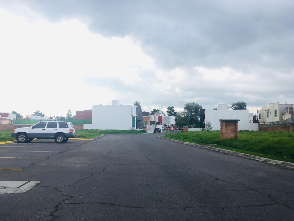 Foto Terreno en Venta en  Hacienda San José,  Toluca  Circuito del Patron,  Rancho San José