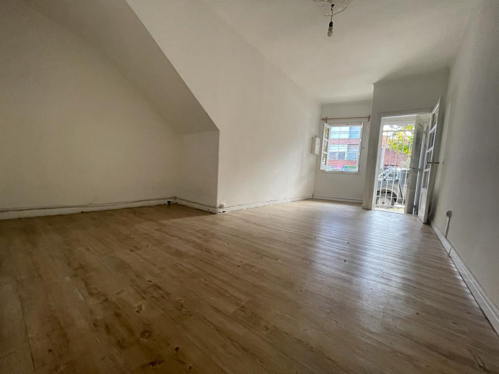 Foto Apartamento en Alquiler en  La Blanqueada ,  Montevideo  Monte Caseros al 2600