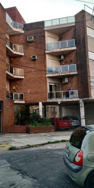 Foto Departamento en Venta en  Valentin Alsina,  Lanús  COLPAYO al 600