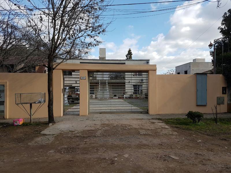 Foto Departamento en Venta en  San Miguel ,  G.B.A. Zona Norte  Libertad 1800