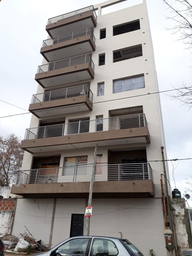 Foto Departamento en Venta en  Zona Sur,  La Plata  69 y 2