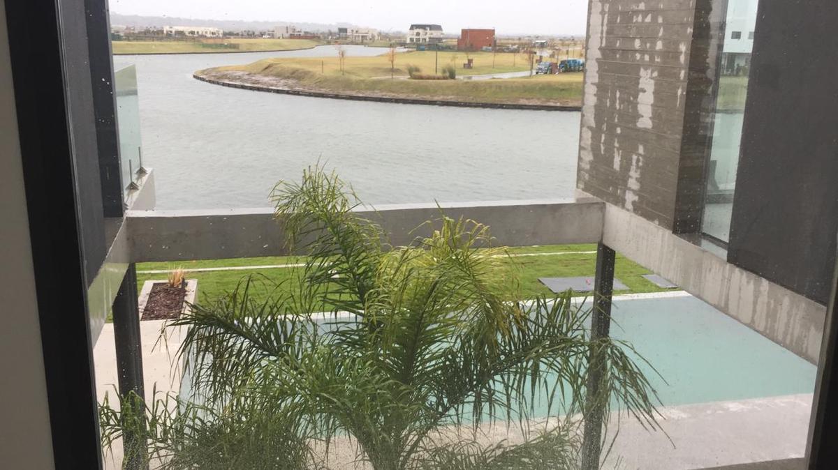 Foto Casa en Venta en  Puerto De Escobar,  Escobar  Marinas Puertos de escobar