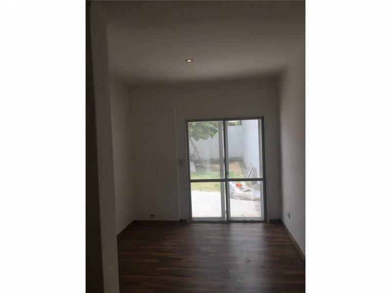 Foto Casa en Venta en  Bella Vista,  San Miguel  Lebenshon  274