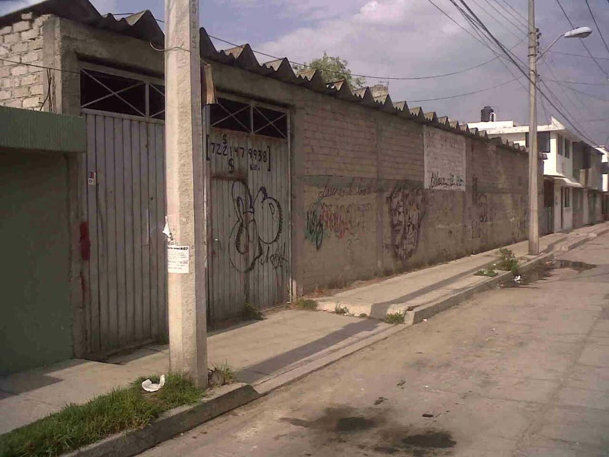 Foto Terreno en Venta en  San Lorenzo TepaltitlAn Centro,  Toluca  CALLE  PENSADOR MEXICANO, SAN LORENZO TEPALTITLAN , TOLUCA MEXICO, C.P. 50010.