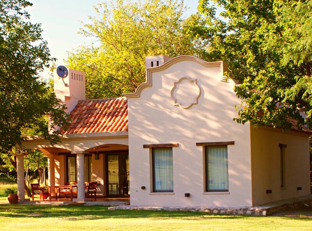 Foto Casa en Venta en  Villa De Las Rosas,  San Javier  Casa 100 m2 AMOBLADA - Terreno 6724 m2 - Villa de Las Rosas - Traslasierra