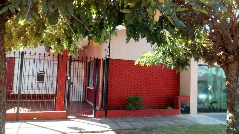 Foto PH en Alquiler en  Ituzaingó ,  G.B.A. Zona Oeste  Emperanza esq.  Jose Maria Paz