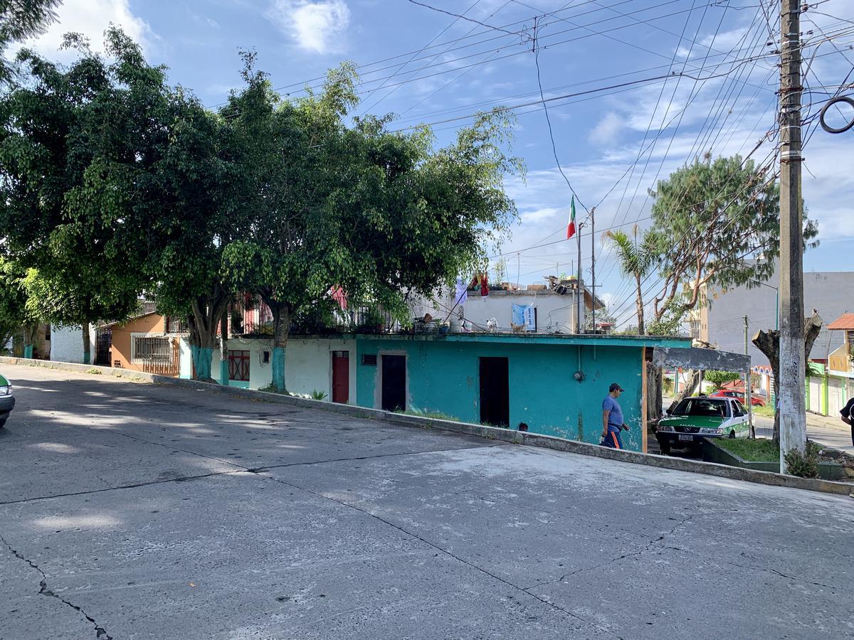 Foto Terreno en Venta en  Progreso Macuiltepetl,  Xalapa  Terreno en venta en Xalapa Col. Progreso, en esquina.