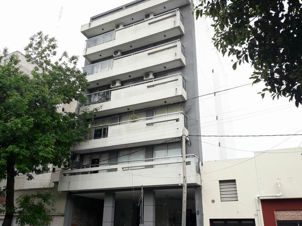 Foto Departamento en Venta en  La Plata ,  G.B.A. Zona Sur  65 e/ 9 y 10