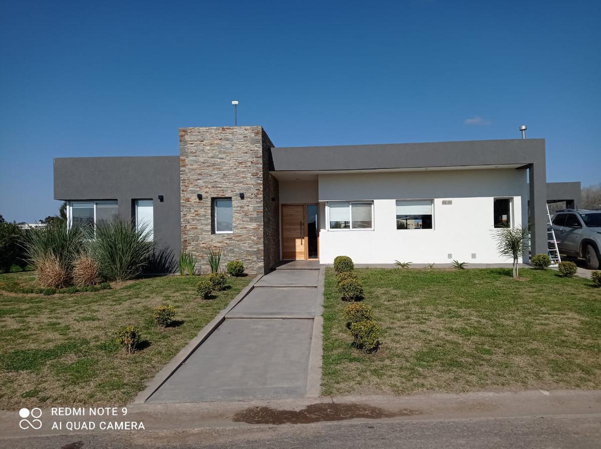 Foto Casa en Venta en  La Alameda,  Canning (E. Echeverria)  Caceres  y Ruta 58, Guernica, Barrio La Alameda