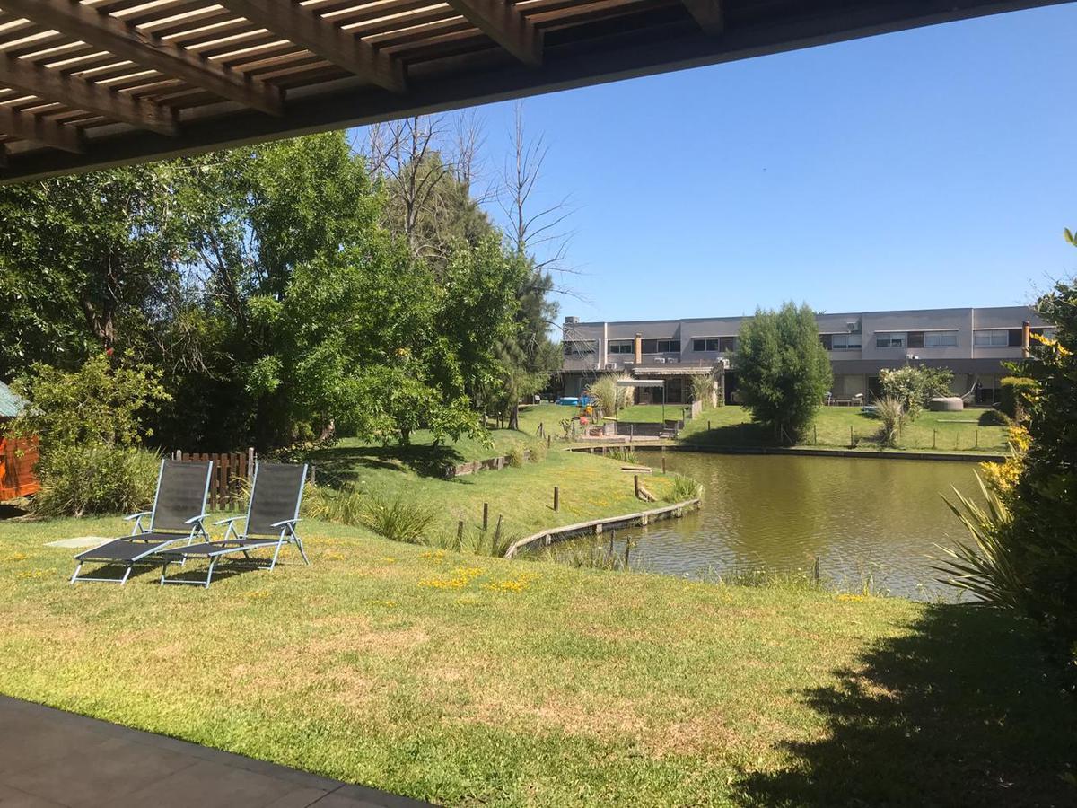 Foto Departamento en Venta en  Lago Escondido,  Nordelta  lago al 100