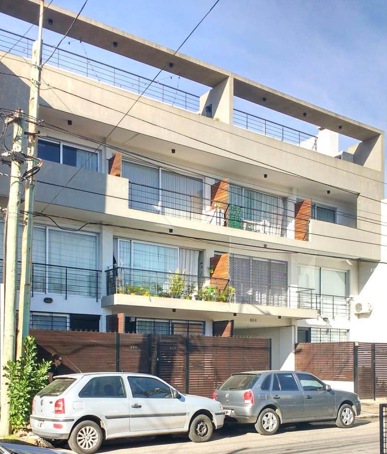Foto Departamento en Venta en  Villa Sarmiento,  Moron  GELLY OBES al 800