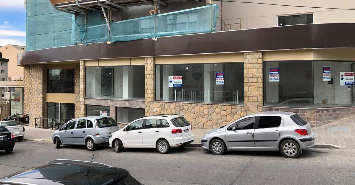 Foto Local en Alquiler en  Centro,  San Carlos De Bariloche  Libertad y San Martin Local No 7