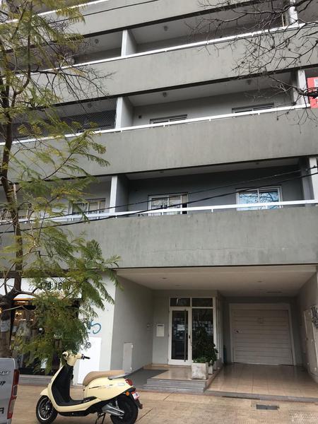 Foto Departamento en Alquiler en  La Plata ,  G.B.A. Zona Sur  44 entre 23 y 24