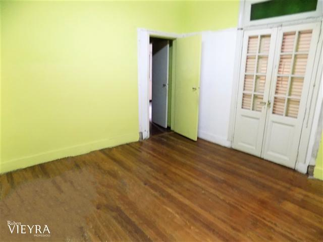 Foto Casa en Venta en  Villa Devoto ,  Capital Federal  COLIGUE al 2900