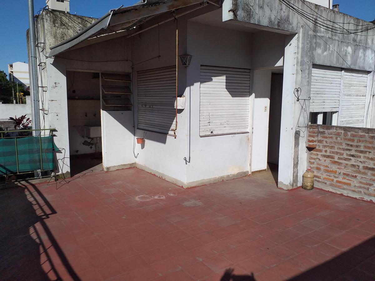 Foto PH en Alquiler en  Ramos Mejia Sur,  Ramos Mejia  Alvarado 45