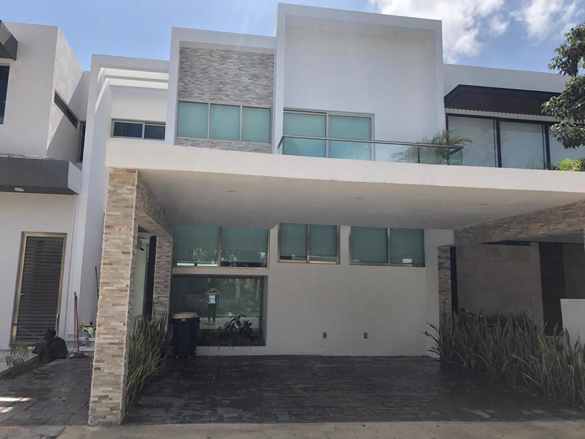 Foto Casa en Renta en  Aqua,  Cancún  CASA EN RENTA EN CANCUN ENRESIDENCIAL AQUA