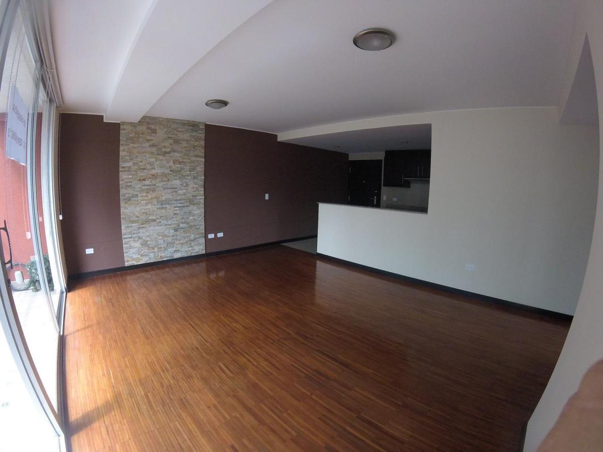 Foto Departamento en Alquiler en  Centro Norte,  Quito  La Pradera Quito