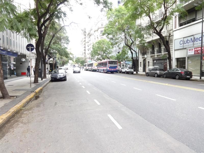 Foto Departamento en Venta en  Retiro,  Centro (Capital Federal)  Av. Santa Fé 800