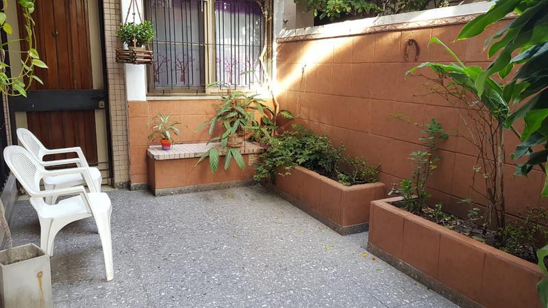 Foto PH en Venta en  Parque Avellaneda ,  Capital Federal  La cordillera al 1200 Tipo casa 3 ambs al frente con patio!