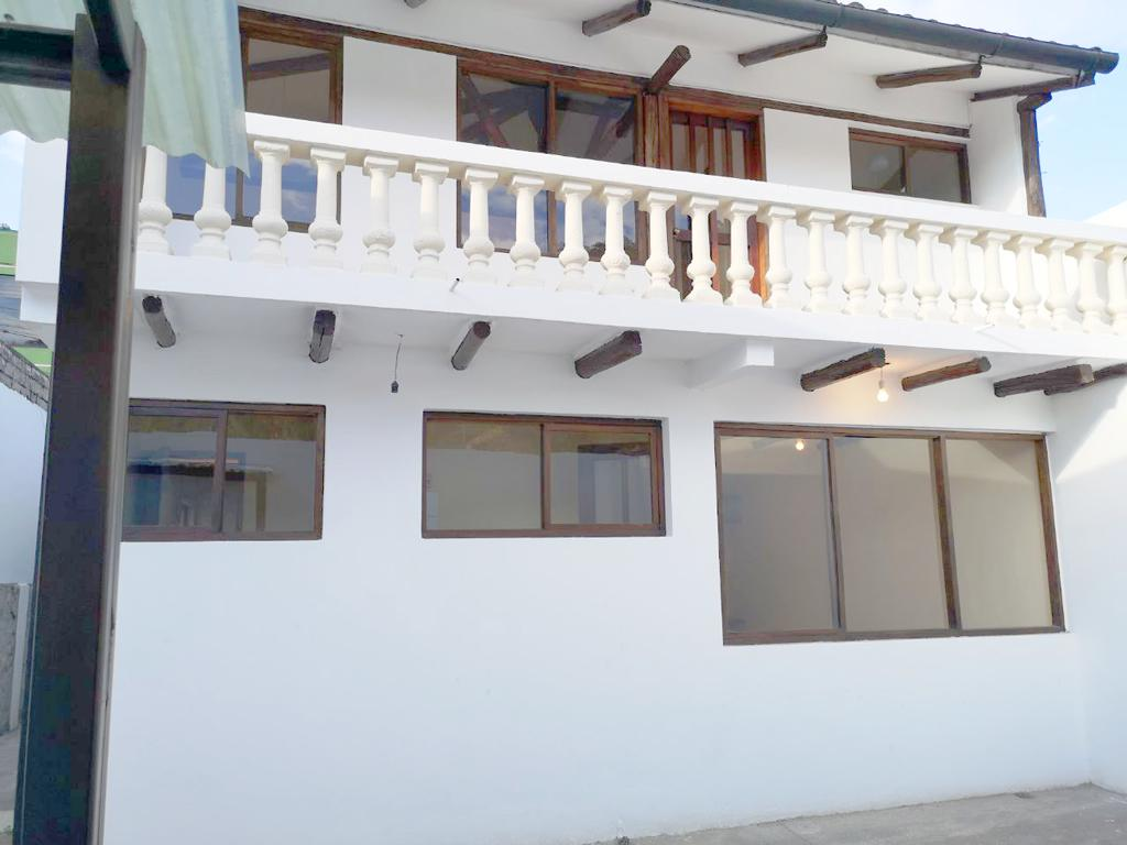 Foto Casa en Venta en  Centro de Quito,  Quito  Casa en Venta Centro de Quito Nueva Tola Baja Construcción Mixta