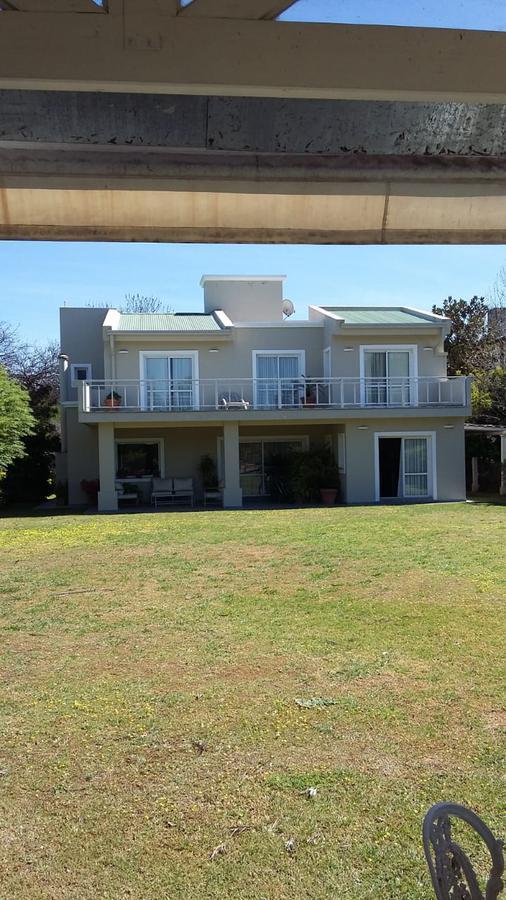 Foto Casa en Venta en  Jockey Club,  Cordoba Capital  Country Jockey Club - Fondo Golf