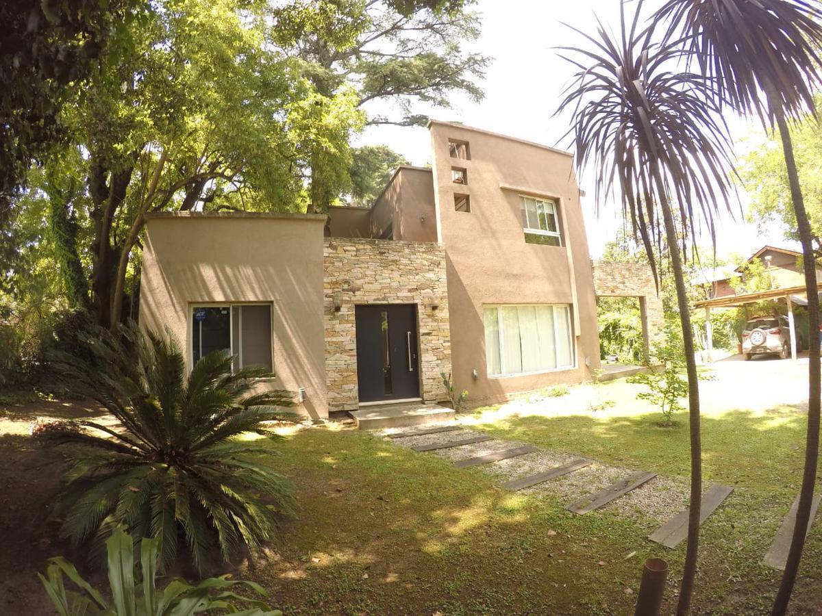Foto Casa en Venta en Del Pericon 48, G.B.A. Zona Oeste | Ituzaingo | Barrio Parque Leloir
