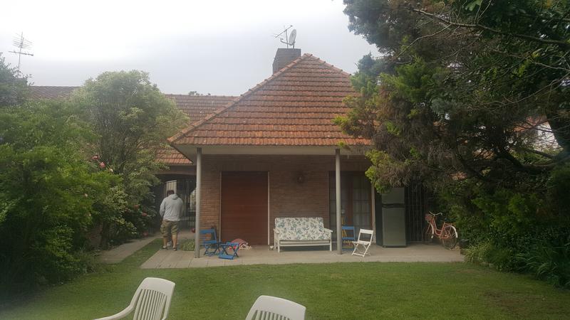 Foto Casa en Venta en  Adrogue,  Almirante Brown  CORDERO 320 y J de la Peña