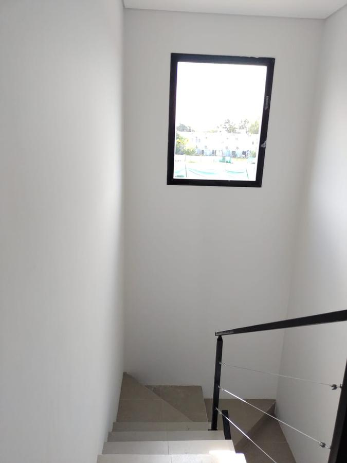 Foto Casa en Venta en  Barrio El Aljibe,  Countries/B.Cerrado (Manzanares)  Barrio El Aljibe, Manzanares