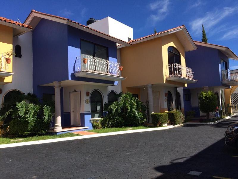 Foto Casa en Renta |  en  Las Américas,  Morelia  ¡Hermosas casas en Las Américas!
