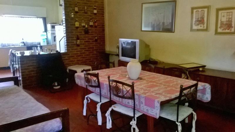 Foto Casa en Alquiler temporario en  Barrio Parque Leloir,  Ituzaingo  de la Doma al 1200