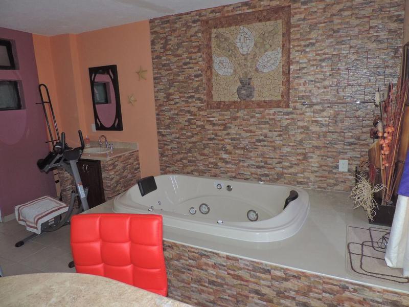 Foto Casa en Renta en  Residencial Oasis,  León  Casa amueblada en renta en Oasis Residencial