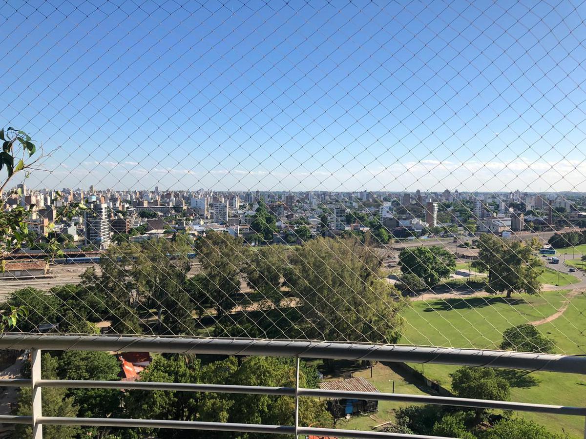 Foto Departamento en Alquiler en  Puerto Norte,  Rosario  Av. Madres Plaza de Mayo 2830-Piso 15°-Dpto.01