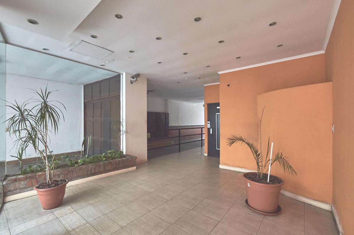 Foto Departamento en Venta en  Barrio Norte ,  Capital Federal  Charcas y Coronel Diaz - semi piso c/ Balcon