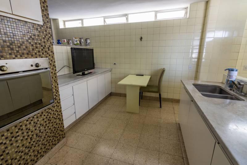 Foto Departamento en Venta en  Recoleta ,  Capital Federal  Posadas al 1200
