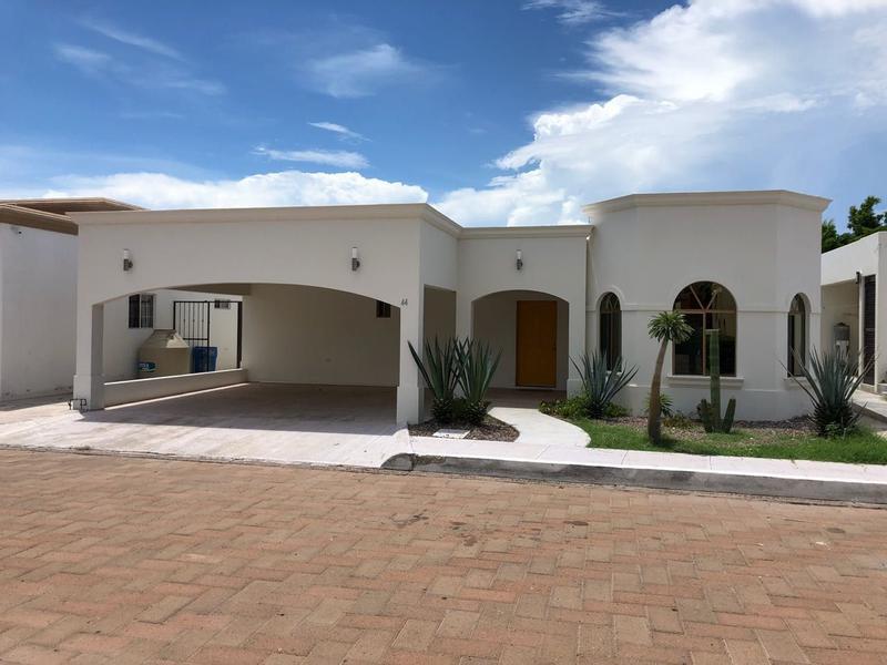 Foto Casa en Venta en  Rancho o rancheria San Carlos Nuevo Guaymas,  Guaymas  CASA DE PLAYA VENTA EN RESIDENCIAL COSTA DEL MAR EN SAN CARLOS