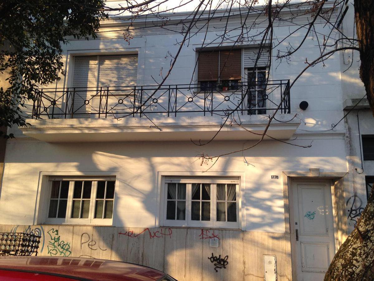Foto Departamento en Venta en  La Plata ,  G.B.A. Zona Sur  Departamento 2 entre 68 y 69