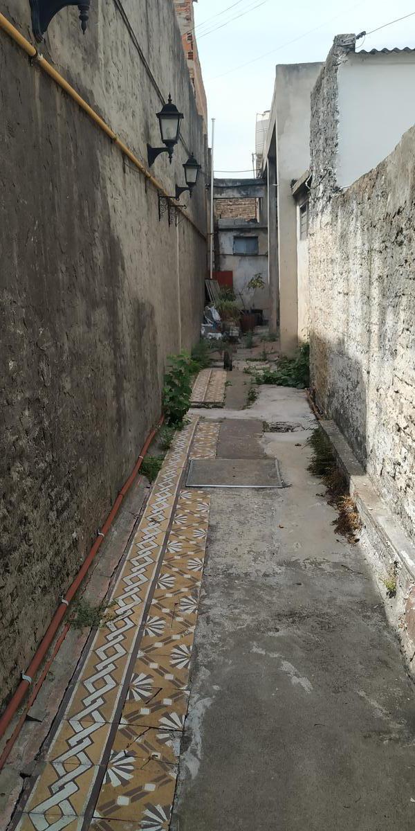 Foto Casa en Venta en  Lanús ,  G.B.A. Zona Sur  PASO DE LA PATRIA al 200