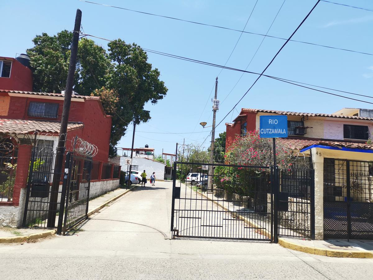 Foto Casa en Venta en  Granjas del Marqués,  Acapulco de Juárez  Granjas del Marques Cond.Rio Cutzamlala